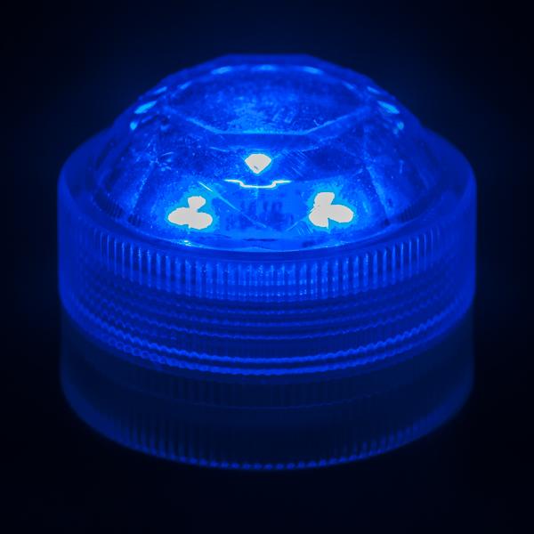 blue submersible triple led light. Black Bedroom Furniture Sets. Home Design Ideas